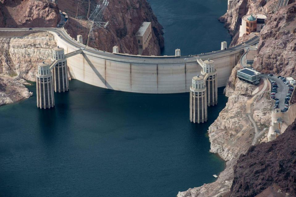 Hoover Dam, straddling the border between Nevada and Arizona, holds back the waters of the Colorado River in Lake Mead. In 2016, Lake Mead declined to its lowest level since the reservoir was filled in the 1930s.