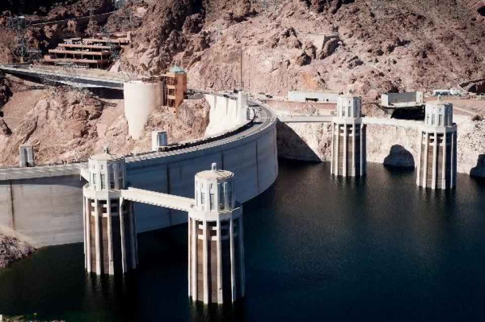 Hoover Dam - Water Education Foundation
