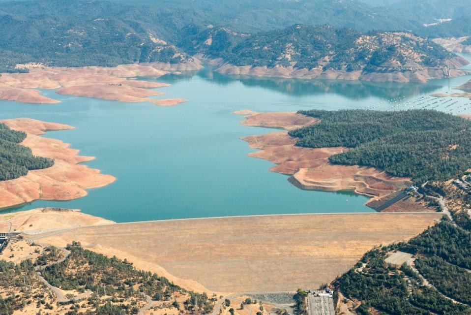 Lake Oroville September 2015. Photo by DWR